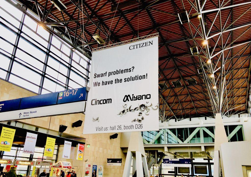 EMO会場の最寄り駅構内に設置されたCITIZENさんの広告