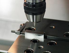 CNCマシニングセンタのツール摩耗検出で、加工精度向上が実現