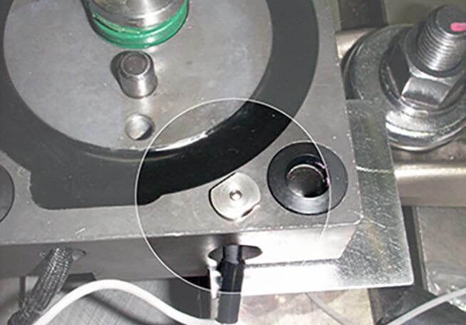 耐衝撃、耐水、耐油で様々な用途に使用可能